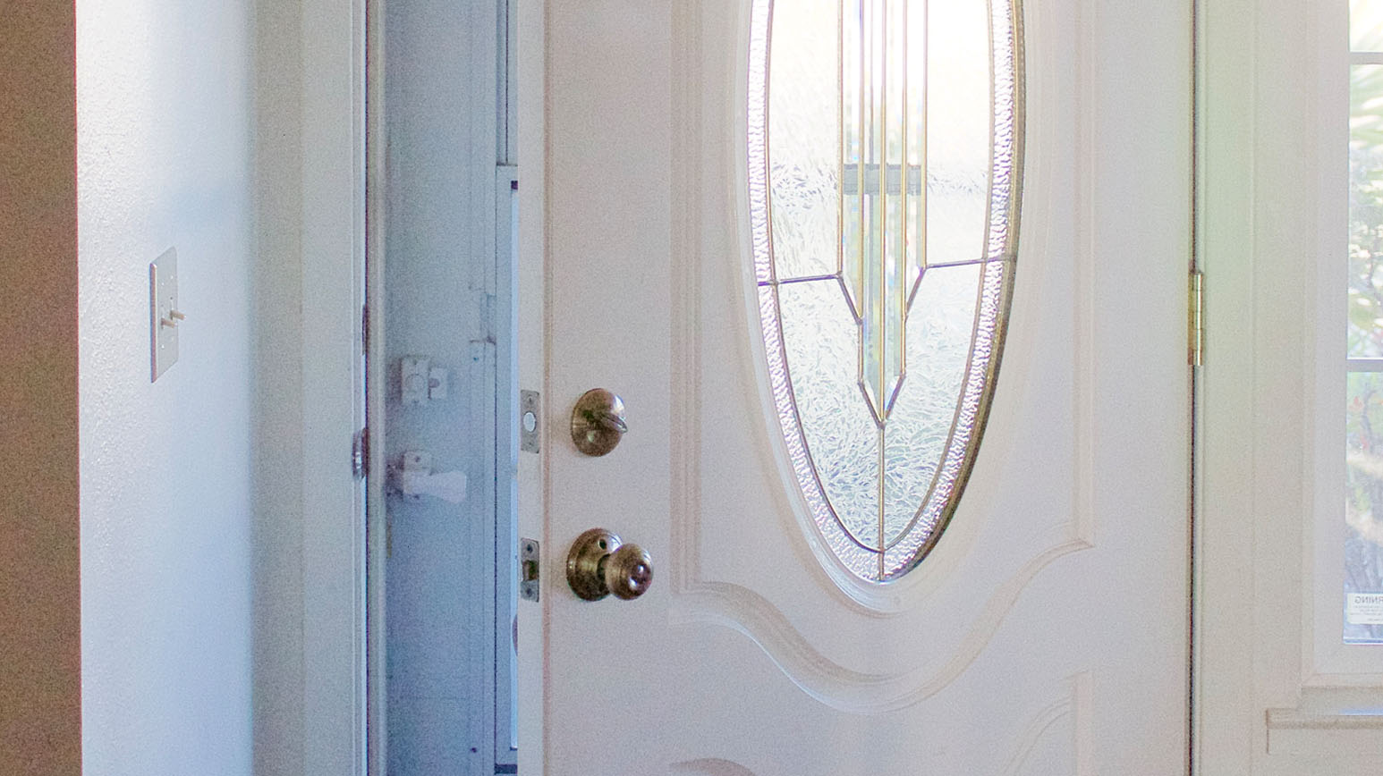 6 Steps to an Organized Entryway